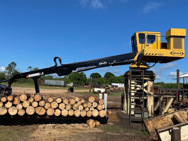 Weiler Knuckleboom Loader