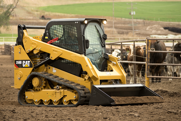 259D Compact Track Loader on Farm